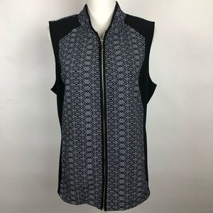 CHICO'S Women's zip up Vest Sz. Large (12) Pocket